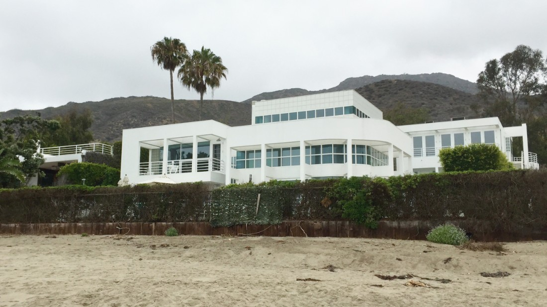 The new beach access runs alongside the Ackerberg home, designed by architect Richard Meier and built in the mid-1980s.