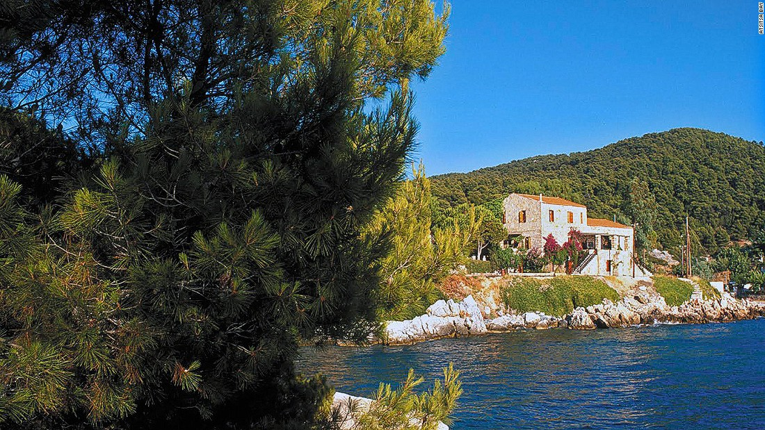 Located on the peaceful side of the Aegean Sea, Atsitsa Bay has a home on the lesser-known island of Skyros. Set amid a glorious pine forest, the retreats, either one or two weeks long, offer multiple courses such as mindfulness alongside regular yoga classes.