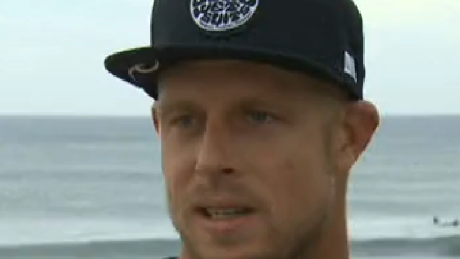 Surfer: Shark's fin smacked me in the head