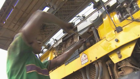 nigeria oil poor economy purefoy pkg_00021514