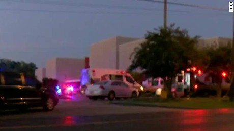 movie theater shooting lafayette louisiana clay herny ambulance beeper ctn_00000000