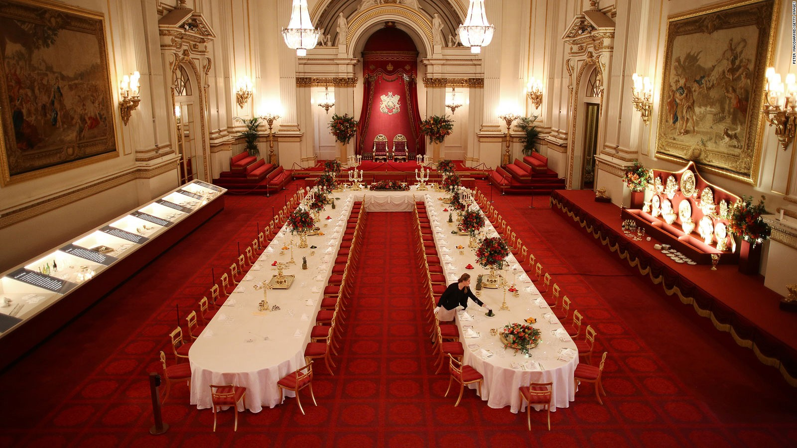 . A royal welcome  Go inside Buckingham Palace