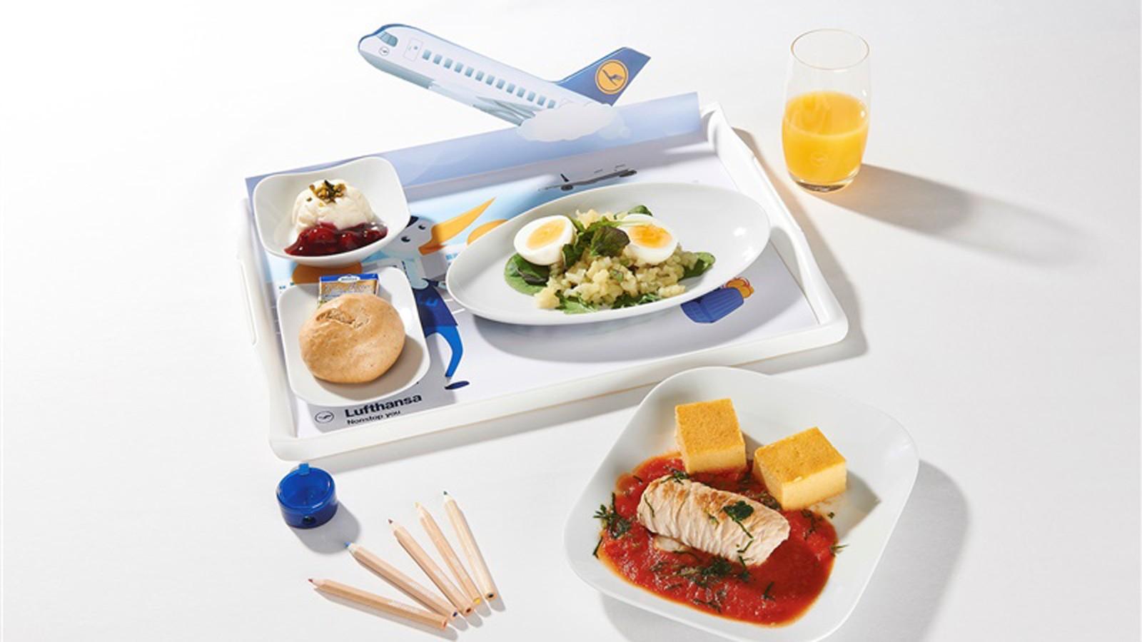 Emirates Economy Food And Drink