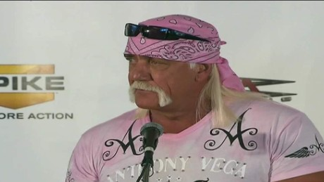 cnnee show cuesta hulk hogan apologizes for racial comments_00003515