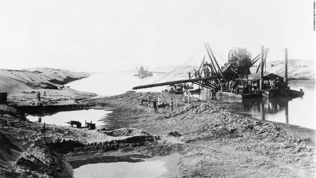 Workers construct the Suez Canal, circa 1860, stretching some 190-kilometers long.
