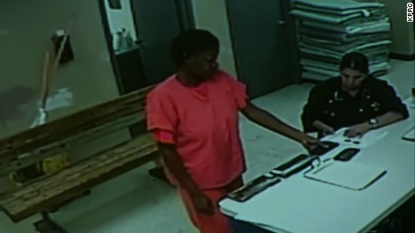 sandra bland jail surveillance video lavandera live nr_00002330