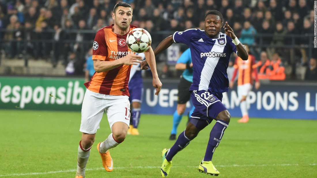 However, according to documents obtained by CNN in 2013, Mbemba was registered by his two first Congolese clubs -- E.S. La Grace and Mputu -- as being born in 1988.<br />