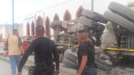 cnnee pkg rodriguez zacatecas pilgrims accident_00002117