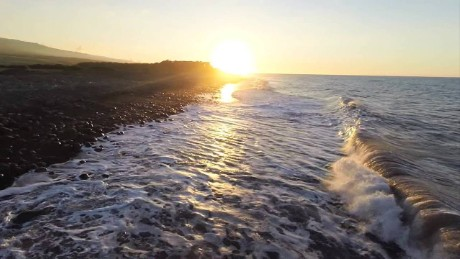 cnnee vo drone reunion island sunrise_00001305