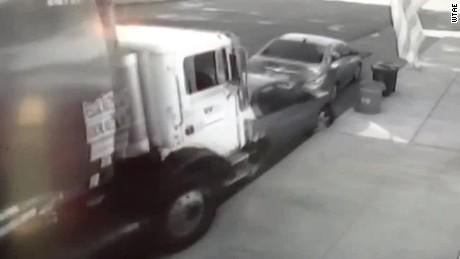 runaway garbage truck wtae dnt_00002201