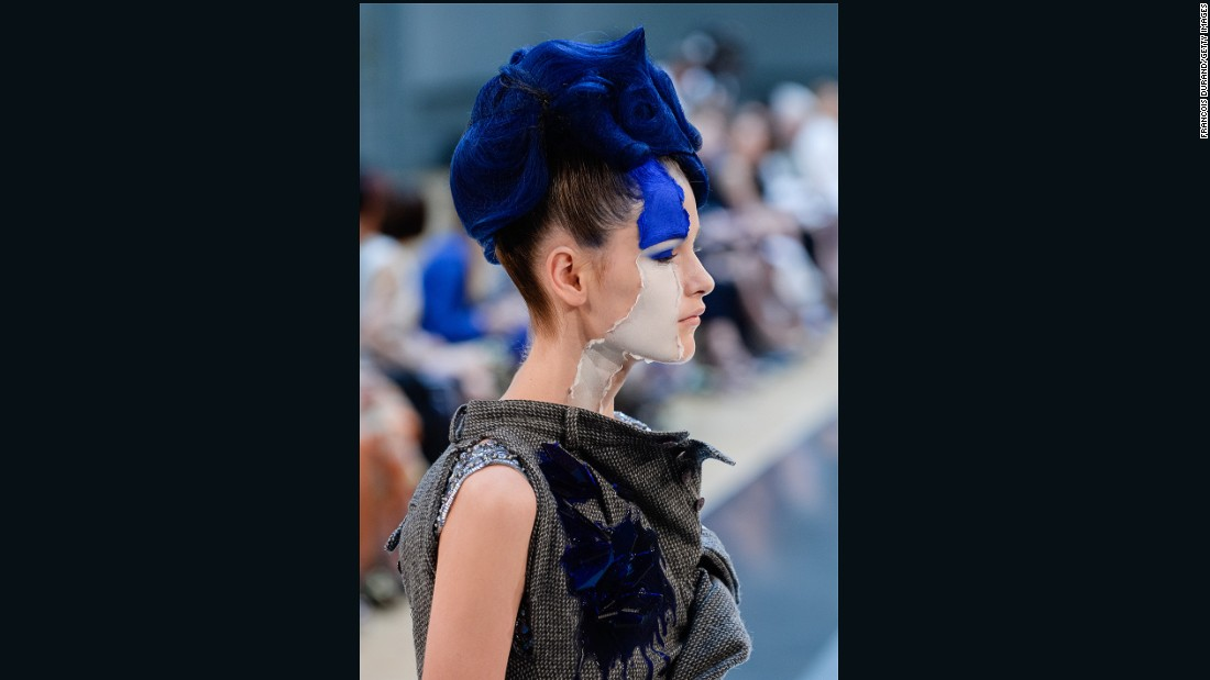 It should come as no surprise that John Galliano brought his trademark theatrical beauty concepts to his latest post at Maison Martin Margiela. <br /><br />For his second couture collection at the house, he employed a number of dramatic looks, including painted-on eye masks and dramatic streaks of cobalt.