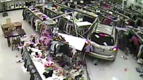 woman drives car into goodwill_00002529