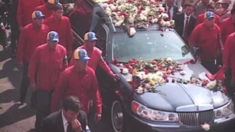 cnnee pkg ramos chavez funeral car_00001614