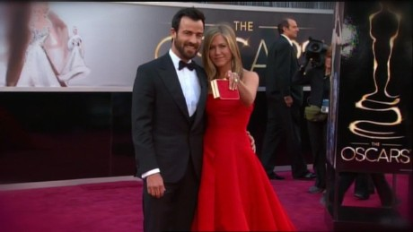 Jennifer Aniston marries Justin Theroux!