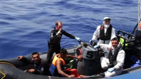 "Rescuers are trying to save hundreds of migrants Wednesday after their fishing boat capsized off the coast of Libya.  An Irish naval vessel is also involved in the rescue of approximately 600 people who were aboard the capsized boat. At least 165 people have been pulled from the water alive, but 17 bodies have also been recovered.  Doctors Without Borders says there are ""many deaths"" at the scene but cannot confirm how many"