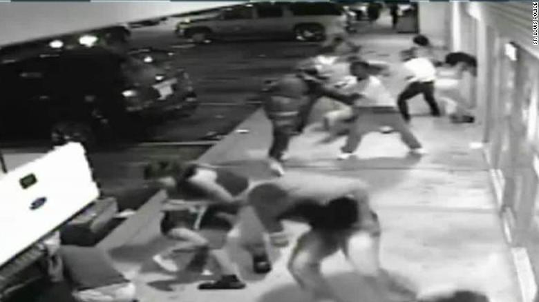ferguson shooting surveillance video live tsr_00004219