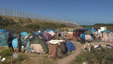 Inside the migrant 'Jungle' of Calais