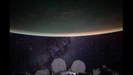 cnnee nasa vo scott kelly milky way timelapse_00000000