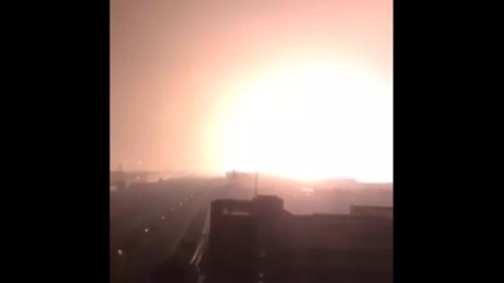 cnnee vo explosion in tianjing china _00000717