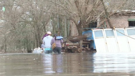 cnnee pkg laje argentina floods update_00020718
