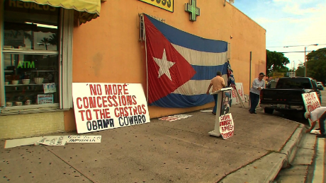 cnnee cafe rodriguez little havana protests_00065410