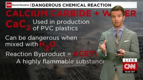china tianjin explosions dangerous chemical reaction van dam cnni nr lklv_00001805