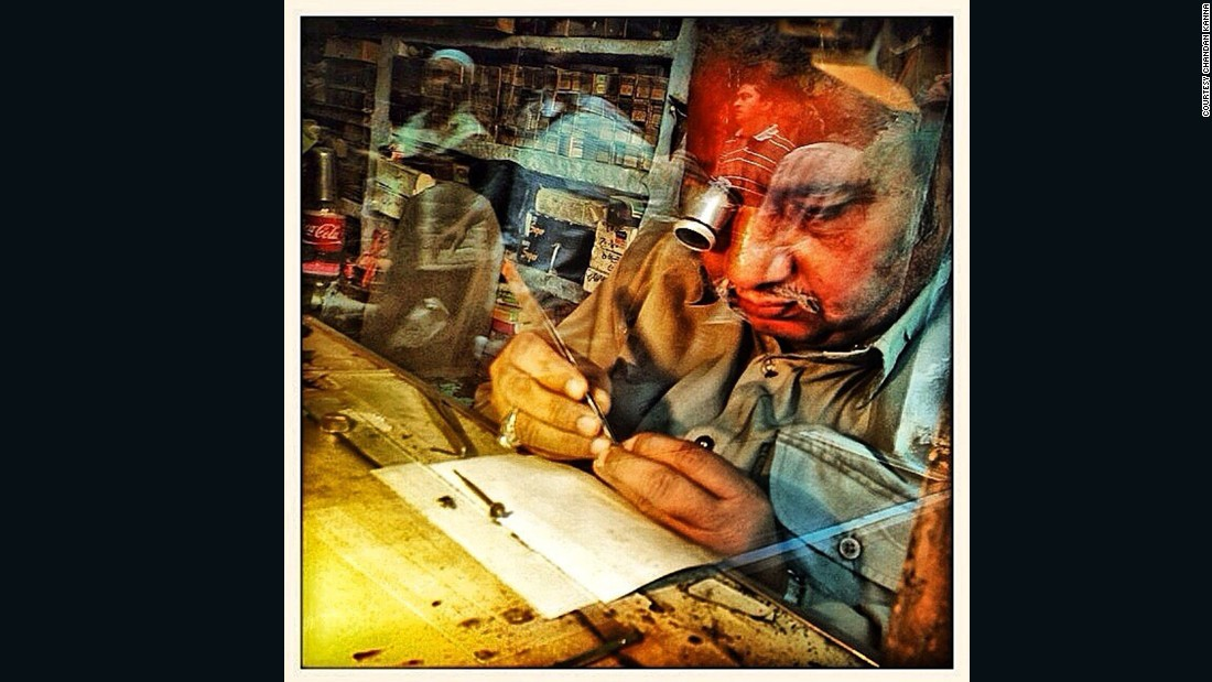 "An Indian <a href=""https://instagram.com/p/gp-kghhNta/"" target=""_blank"">watchmaker</a> uses an eye glass to fix up a wrist watch in the old quarters of #Delhi"