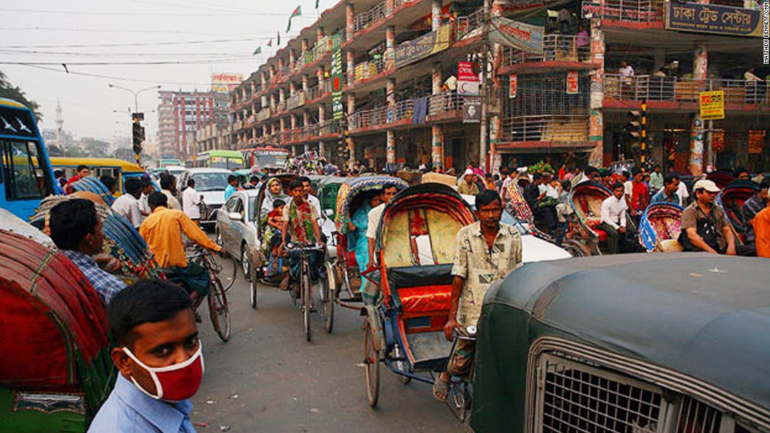 In a government report in 2011, traffic in Dhaka stood still for more than seven hours one day. Probably one of the reasons why the Bangladeshi capital is the second least livable city in the world.