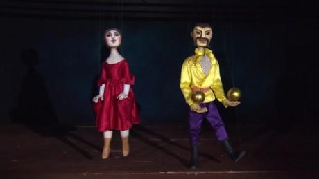 greece puppet show soares pkg_00022123
