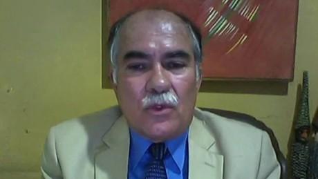 cnnee pg intvw daniel aguilar border colombia venezuela_00011001