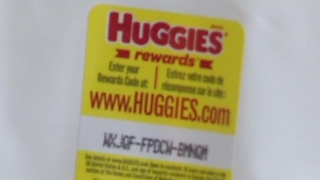 woman claims huggies wipes had glass dnt_00001725.jpg