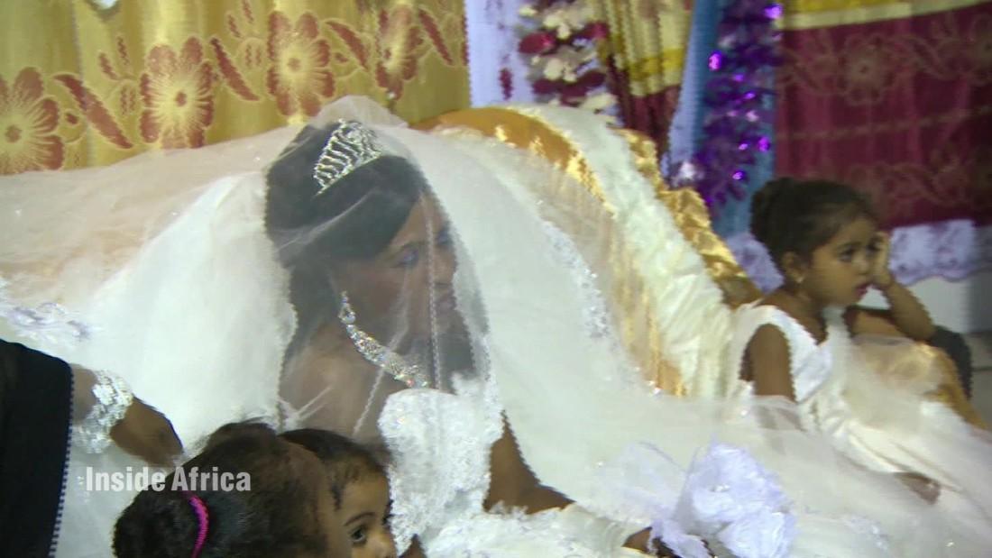 spc inside africa comoros islands grand marriage a_00070928.jpg