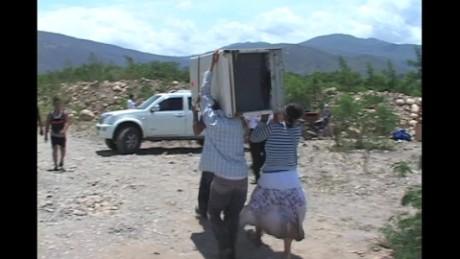 cnnee pkg ramos exodus border venezuela colombia _00000620