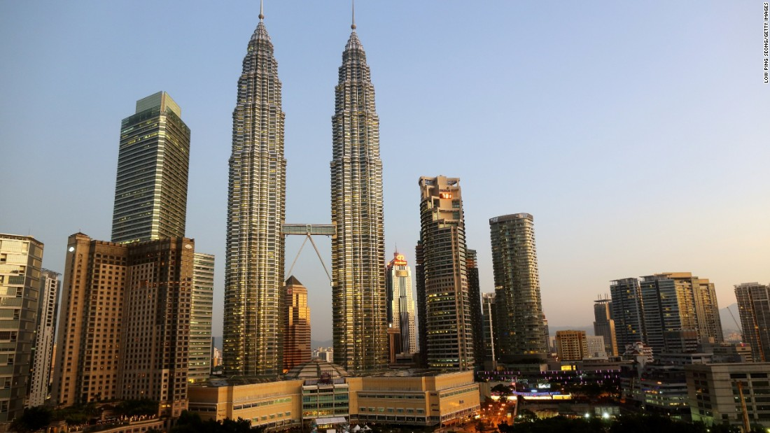 "The design of the Petronas Twin Towers in Kuala Lumpur represents Islamic principles of ""unity within unity, harmony, stability and rationality,"" according to the <a href=""http://www.petronastwintowers.com.my/"" target=""_blank"">building's website</a>."