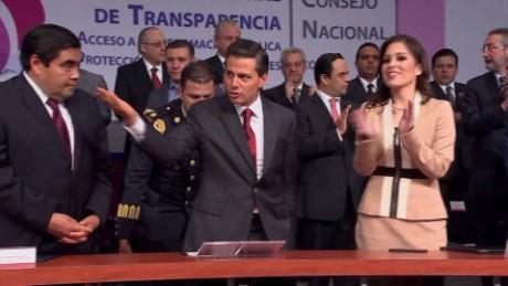 cnnee pkg alis peña niento changes gov_00013311
