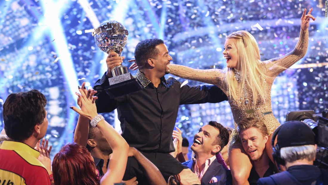 "Former ""Fresh Prince of Bel-Air"" star Alfonso Ribeiro and pro dancer Witney Carson won the season 19 competition."