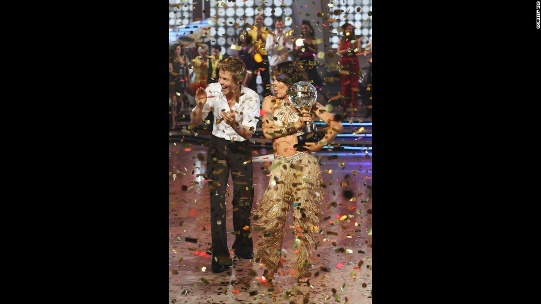 """Dirty Dancing"" star Jennifer Grey and Hough won the ""Dancing with the Stars"" season 11 championship."