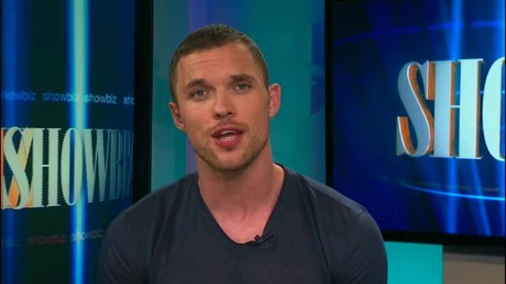cnnee show intvw ed skrein new film transporter _00044107