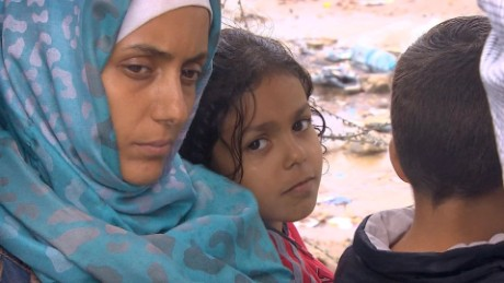 migrants journey hungary damon pkg_00012803