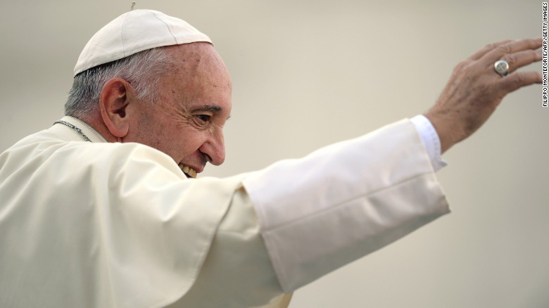 Pope reforms annulment process for divorced Catholics