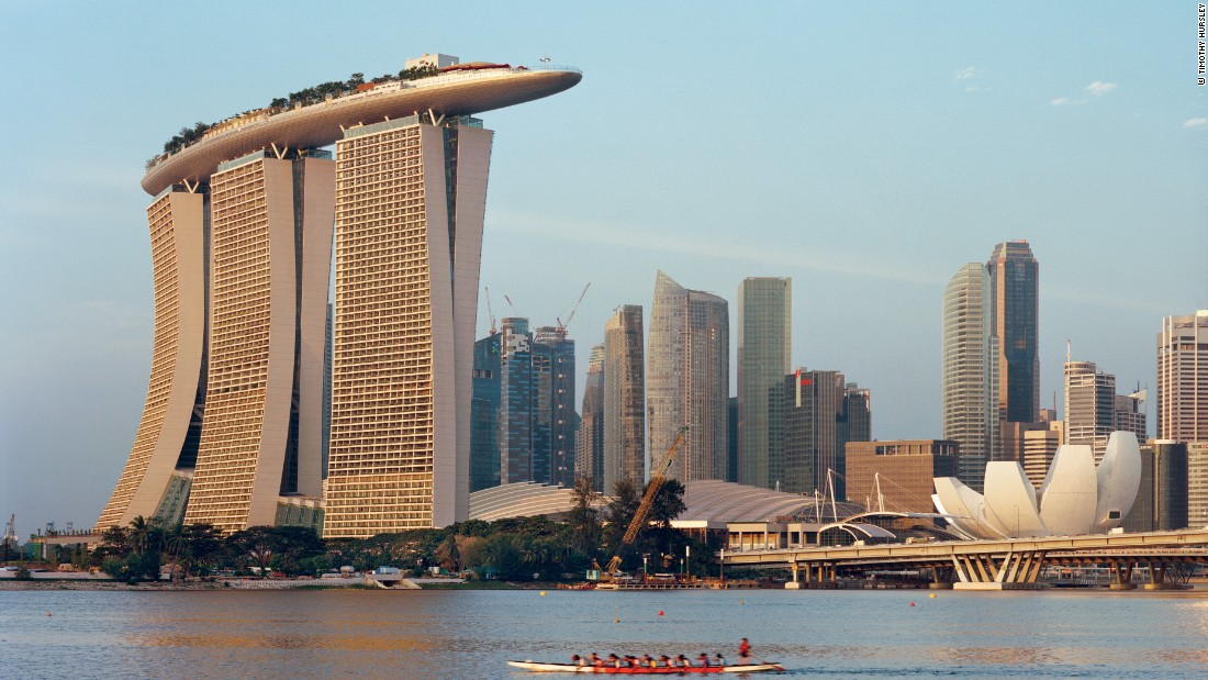 "The highlight of <a href=""http://edition.cnn.com/2015/04/20/travel/moshe-safdie-interview-destination-singapore/"">Moshe Safdie's</a> Marina Bay Sands Integrated Resort is the Sands SkyPark, a 1.2 hectare structure connecting the three towers."