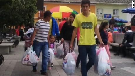 cnnee pkg lopez devaluation peso colombia _00001416