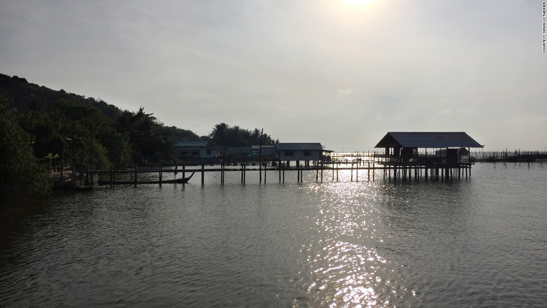 The islet of Koh Yo -- in Songkhla Lake -- is known for its fresh fish and scenic stilt houses.