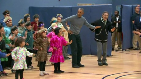 obama dances children alaska_00002402