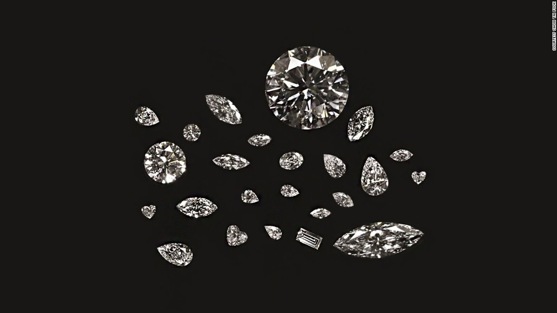 Chow Tai Fook cut the Cullinan Heritage into a family of 24 smaller D color, internally flawless diamonds. The process of achieving a technically perfect cut and polish lasted three years.
