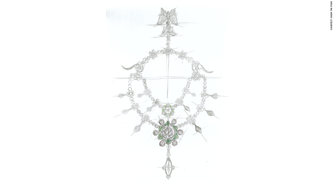 Chan also incorporated hundreds of mutton fat white jade beads and green jadeite, 598 pink diamonds and 10,953 white diamonds, in addition to the 24 main diamonds from the Cullinan Heritage, in the final piece.