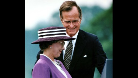 "George H. W. Bush Years in office: 1989 - 1993 President Bush Sr. visited the queen at Buckingham Palace in 1989 and in May 1991, she was guest of honor at a state dinner in the White House. The pair exchanged toasts about the legacy of human rights and the rule of law bequeathed upon the United States by Great Britain. Meanwhile the queen spoke about her previous visits to the White House, and the history of diplomatic relation between the two countries. ""The relationship between America and Great Britain, which perhaps has never been so special. We have got a lot of things in common. Americans shares the queen's love for horses ... Most of all what links our countries is less a place than an idea. The idea that for nearly 400 years has been America's inheritance and England's bequest. The legacy of democracy, the rule of law and basic human rights,"" said President Bush Sr. during his welcome address."