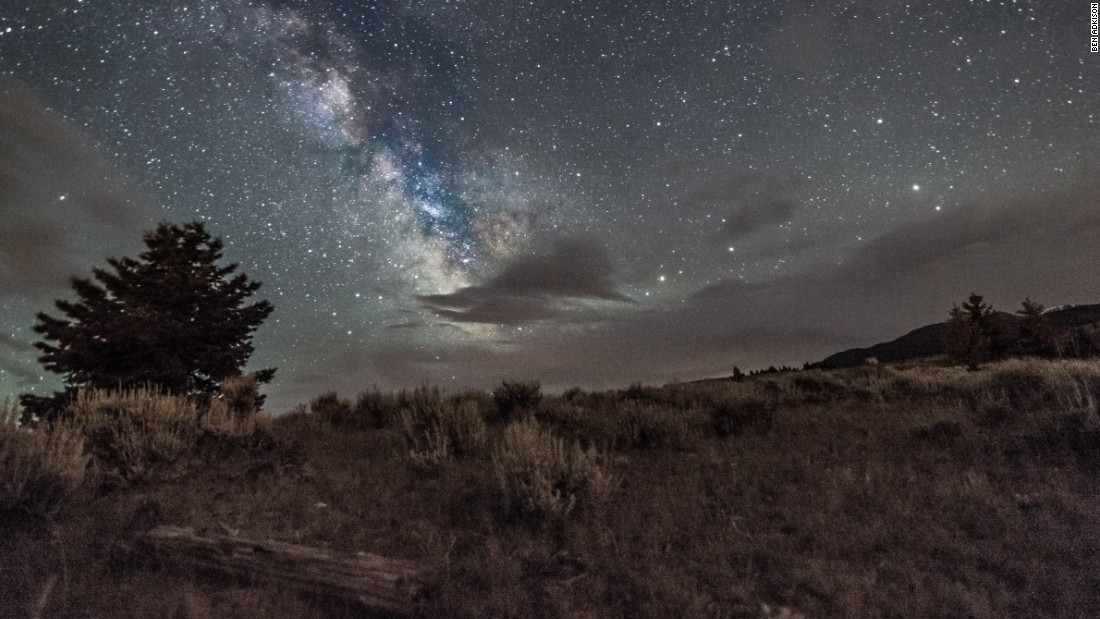 Montana's largest city, Billings, has just more than 100,000 people. This means little light pollution throughout the state, perfect for viewing the night sky.