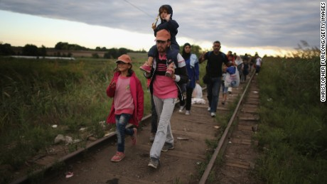 Today's refugees follow path of Hungarians who fled Soviets in 1956