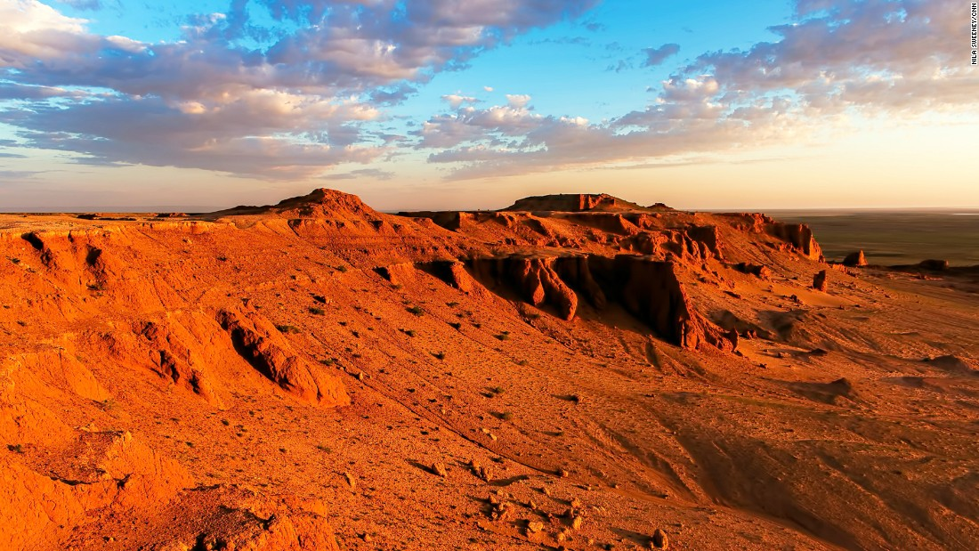 The Flaming Cliffs in South Gobi are famous for one of mankind's most important dinosaur fossils discoveries.<br />While seeing a dinosaur fossil in the wild is a thrilling prospect, the spectacular colors of the sun setting and rising over the sandstones are what make the Flaming Cliffs experience unforgettable.